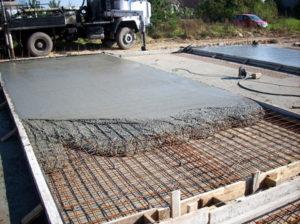 Процедура залития плиты на ленточный фундамент