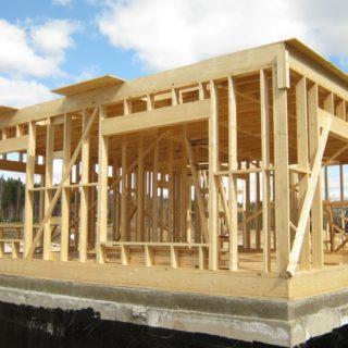 Строительство каркасного дома: особенности и этапы